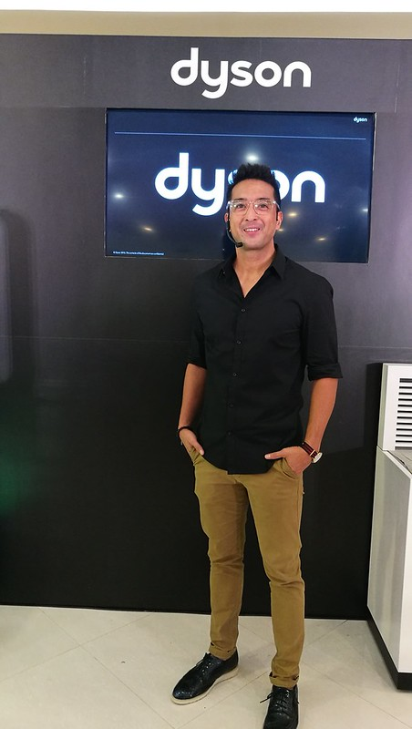 Bobby Yan VP for Communications of Dyson Philippines launch at Chimes Boutique Governor Sales Street Davao CityIMG_20170526_164346