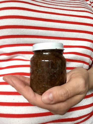Homemade coffee coconut sugar scrub | EvinOK.com