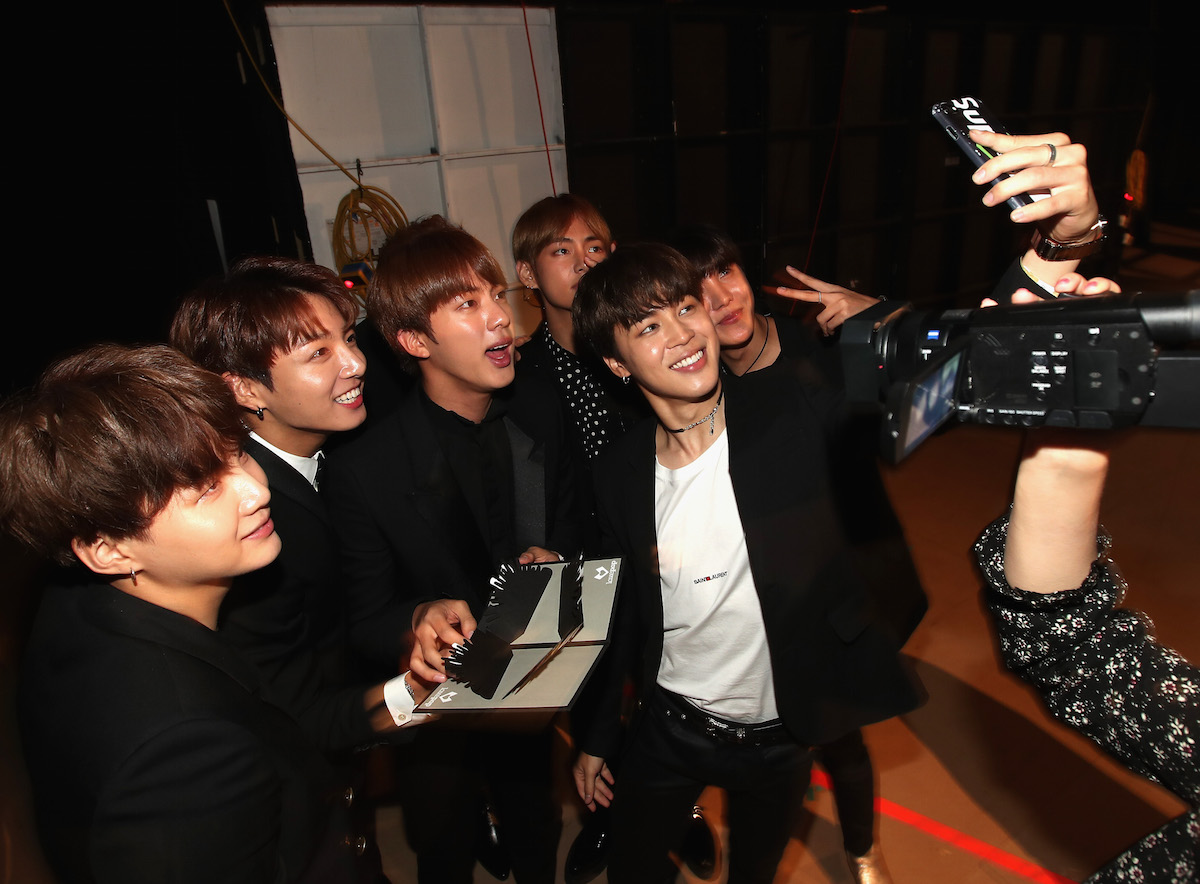 Picture Media Bts At 2017 Billboard Music Awards Backstage