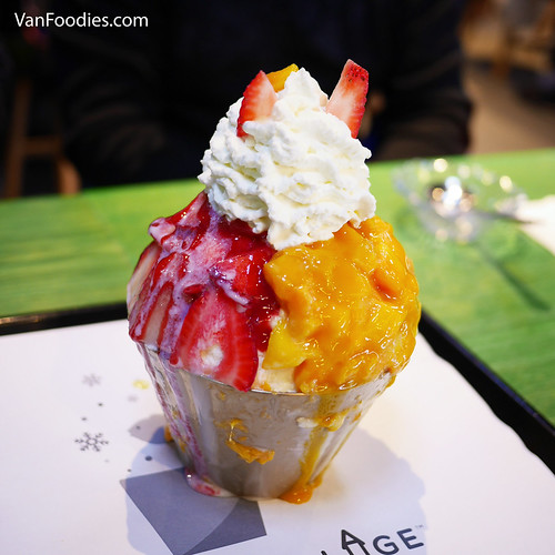 Half and Half Mango and Strawberry Bingsoo