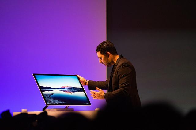 Microsoft Surface 2017年5月新製品発表会-13.jpg