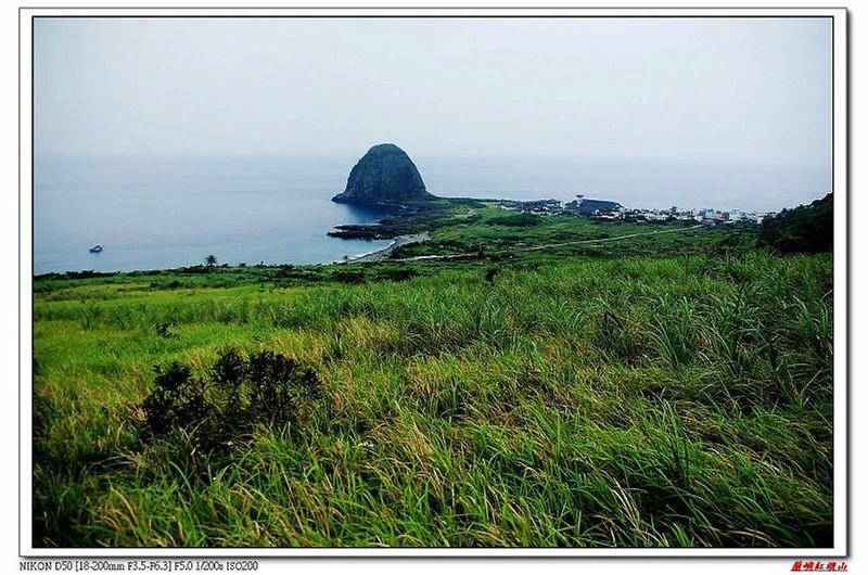 草原坡俯瞰椰油村、饅頭岩