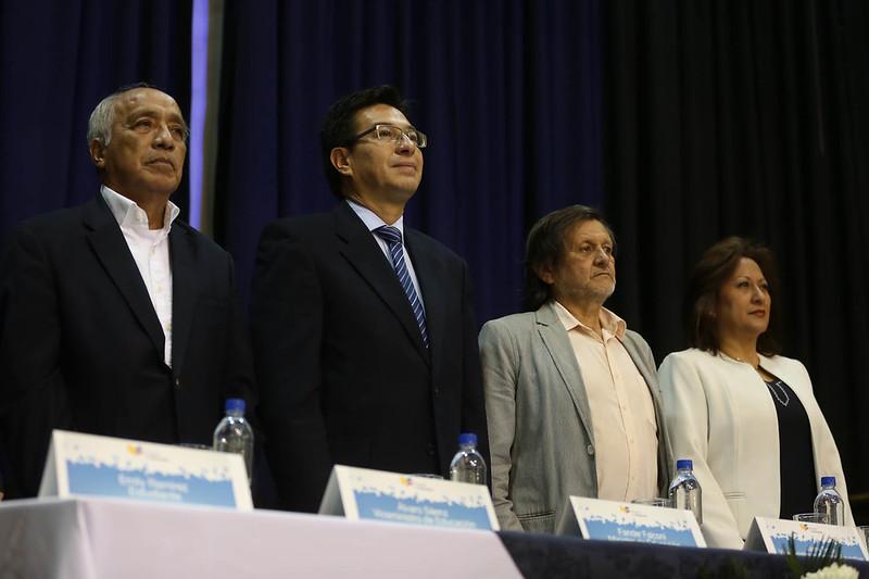 Saludo oficial nuevo Ministro de Educación Fander Falconí a la comunidad educativa