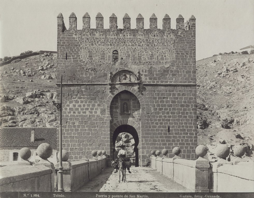 Puente de San Martín hacia 1897. Fotografía de Rafael Garzón
