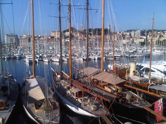 Puerto Viejo de Cannes (Costa Azul, Francia)