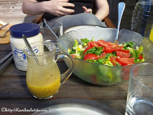 Salat mit Honig-Mohn-Senfdressing (1)