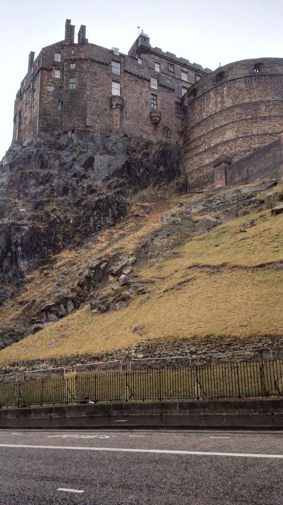 エディンバラ城の裏 scotland