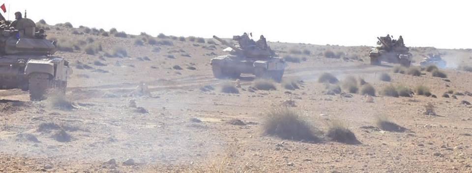 Armée Algérienne (ANP) - Tome XIV - Page 2 34377038033_67182ac100_o