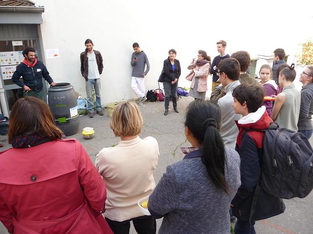 Les éco-délégués du lycée Fénelon La Trinité s'engage en faveur du développement durable