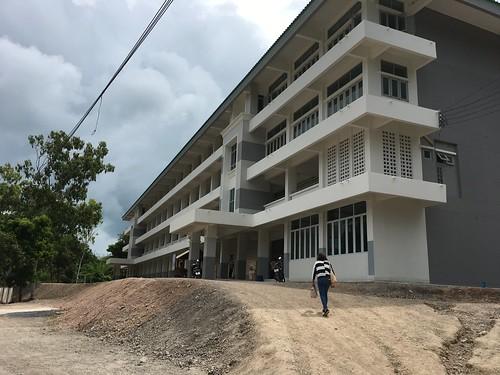 今日のサムイ島 5月26日 島の中学校