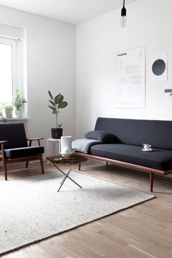 Đồ nội thất trong một không gian Minimalist cần tiết giảm tối đa về các chi tiết. Các yếu tố ngang bằng sắc cạnh được sử dụng phổ biến, nhằm đem tới một không gian trang nhã, nhẹ nhàng nhưng cũng đầy tính hiện đại.
