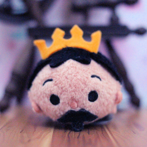 Sleeping Beauty Tsum Tsum - King Stefan