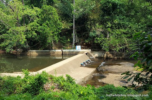 halfwhiteboy - talay falls, hidden falls, luisiana, laguna 04