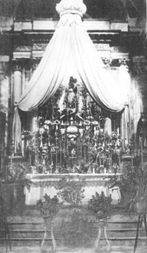 1801-1936. El retablo mayor neoclásico de la parroquia