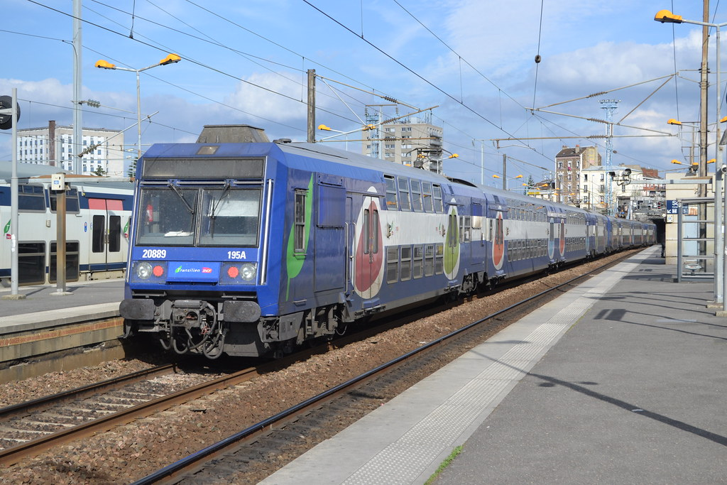 ... SNCF Transilien 195A 20889 - 20890 | by Will Swain