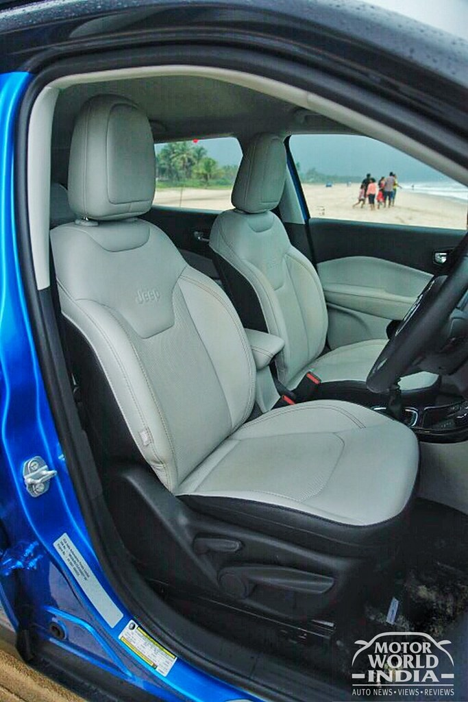 Jeep-Compass-Limited-Interiors (32)