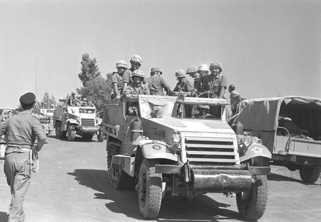 M3-halftrack-1973-f-3