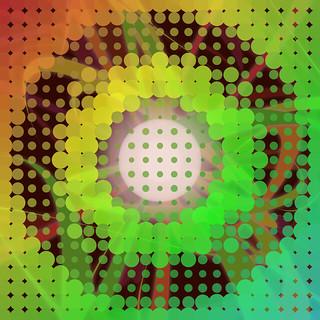 JS_Art_SS_(2017_05_24)_1_Cropped_1 HTML5インタラクティヴ ジェネレーティヴ ディジタル アートのスクリーンショット画像。 画面全体に小さな円盤状のドットがタイル状に並び、ドットの色が左上から右下に掛けて橙色から黄色、青緑色までのグラデーションとなっている。 画面中央に白い光の円盤があり、そこを中心としてドット模様が濃淡とドットの円盤の大きさの大小により波打ち、円弧状に波紋が広がっている様に見える。