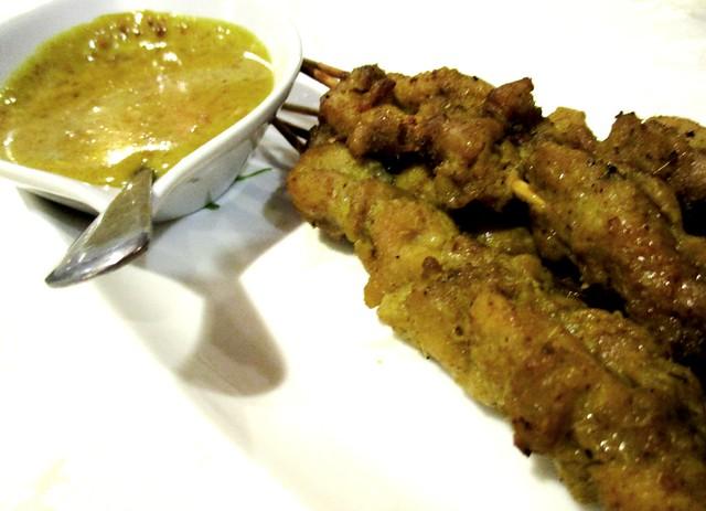 Flavours Thai Kitchen satay & peanut sauce