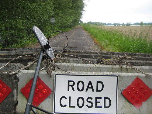 The state of Washington is serious when they say this road is closed