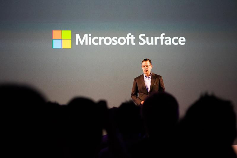 Microsoft Surface 2017年5月新製品発表会-4.jpg