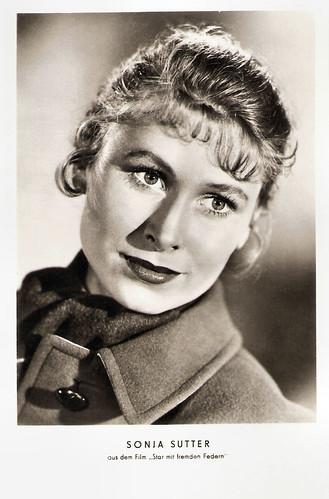 Sonja Sutter in Star mit fremden Federn (1955)