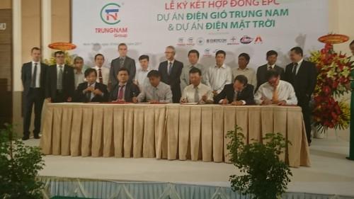 Lễ ký kết dự án điện mặt trời tại Ninh Thuận