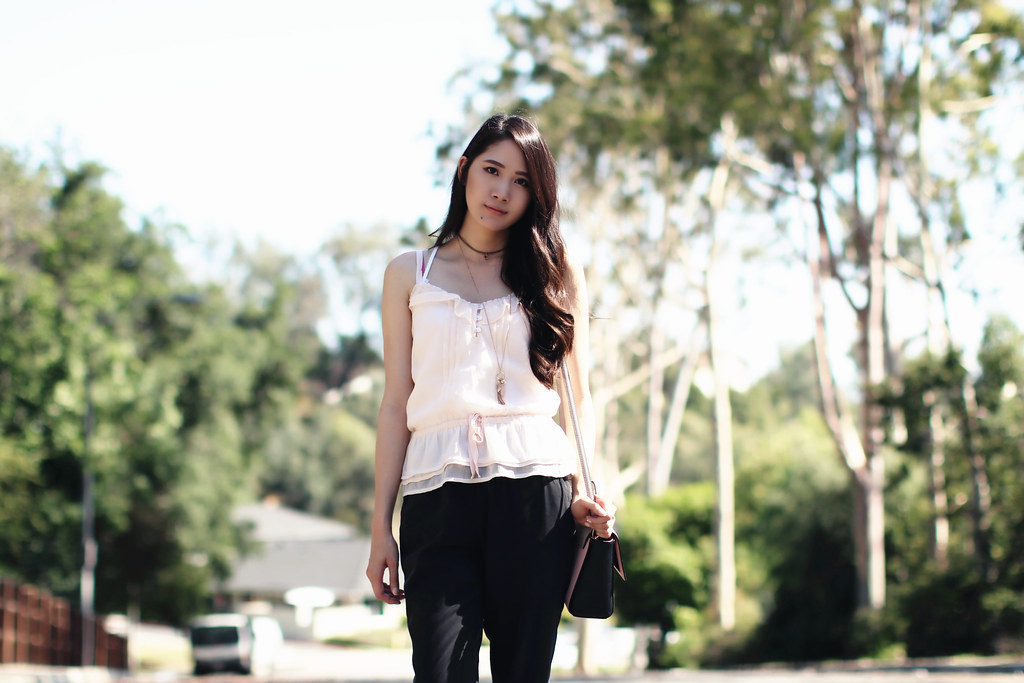 2767-ootd-fashion-outfitoftheday-summerfashion-joggers-peplum-blush-forever21-f21-abercrombie-clothestoyouuu-elizabeeetht