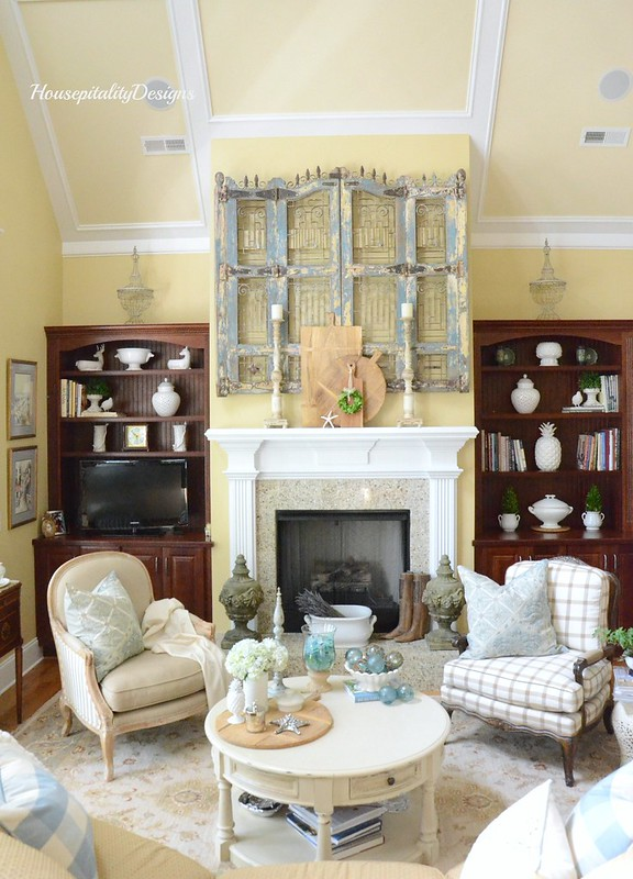 Summer Great Room-Housepitality Designs