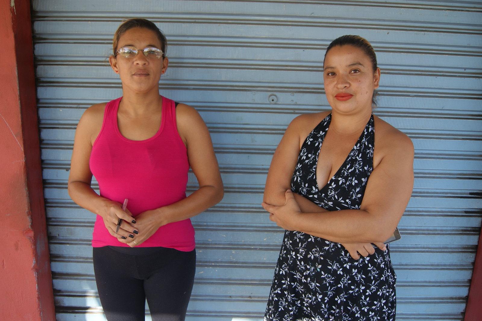 Estacionamento irregular de caminhões revolta moradores do Jardim Iguaçu 3