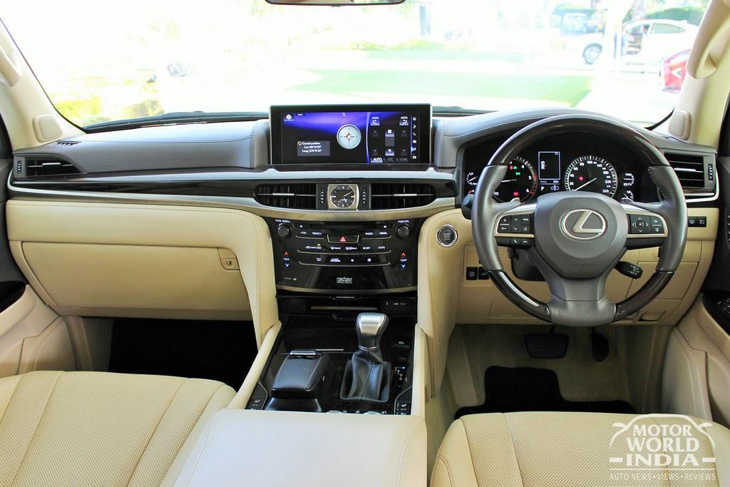 Lexus-LX-450d-Interiors