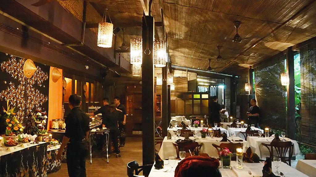 Terrace-(Exterior-Dining)
