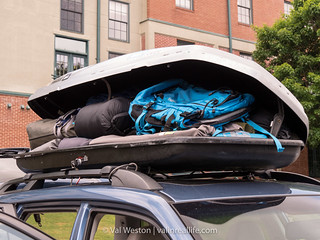 thule roof box - val in real life