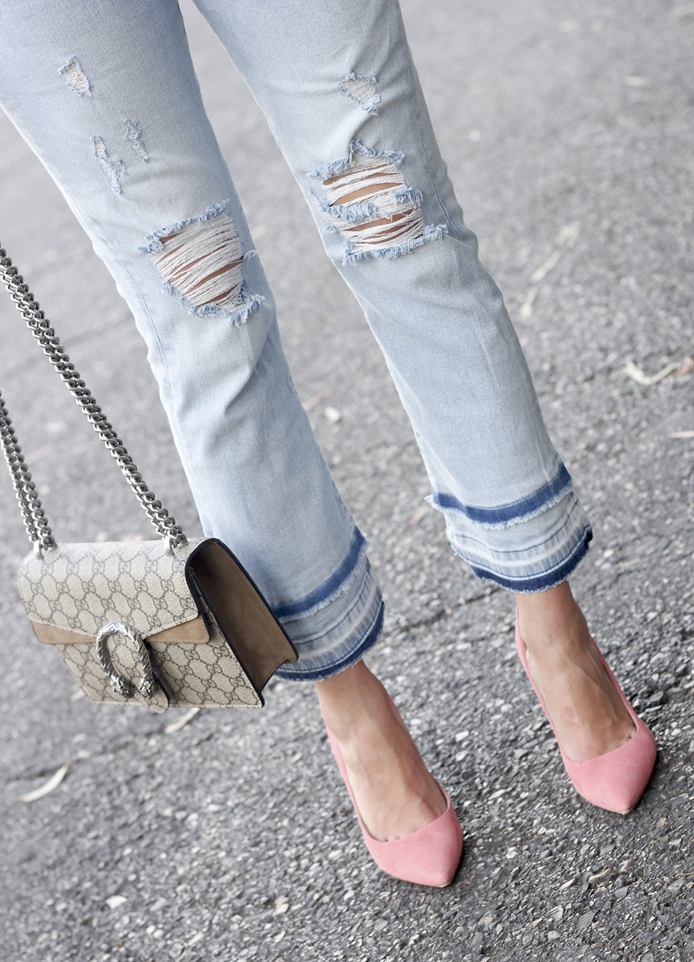 striped shirt jeans gucci bag uterqüe earrings pink heels accessories style outfit13