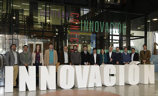 Primera sesión Club Lithium Centro de Innovación UC Anacleto Angelini