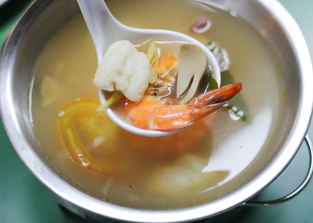 soi-11-bukit-batok-tomyam-soup