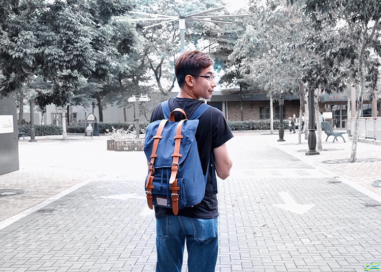 Gaston Luga travel backpack