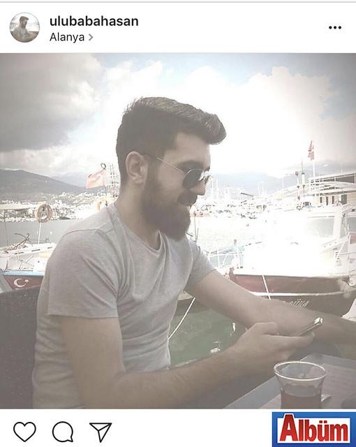 Organizatör ve Menajer Hasan Ulubaba, Alanya İskelesi'nde çay içerek güneşin tadını çıkardı.