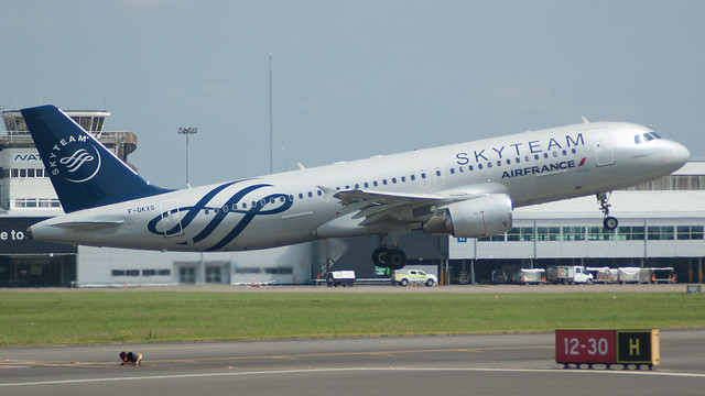 F-GKXS - Air France a320 (Skyteam) @ Cardiff