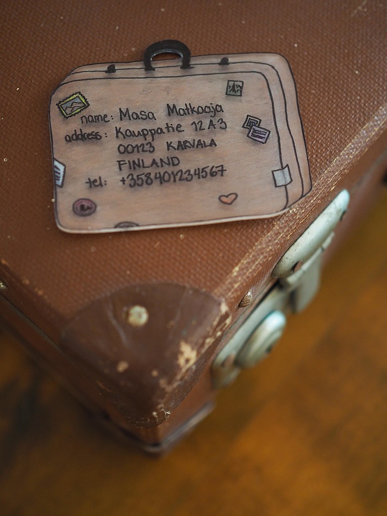 matkalaukun-osoitekortti