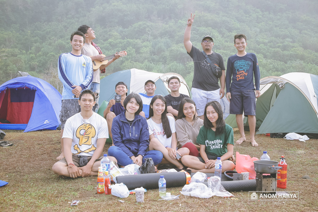 Member of Nyangnyang Beach Camp