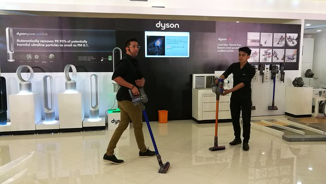 Bobby Yan VP Communications of White Planet Inc - Dyson V8 Cord Free Vacuum Cleaner Available in Chimes Boutique Davao IMG_20170526_170338