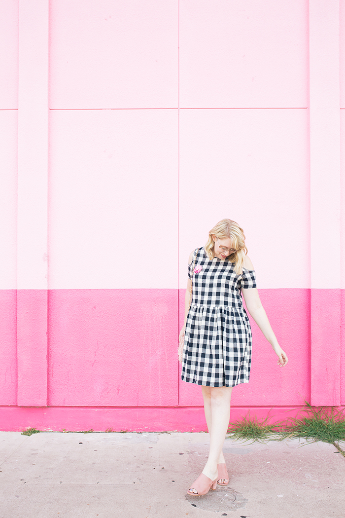 austin fashion blogger writes like a girl gingham dress pink mules12