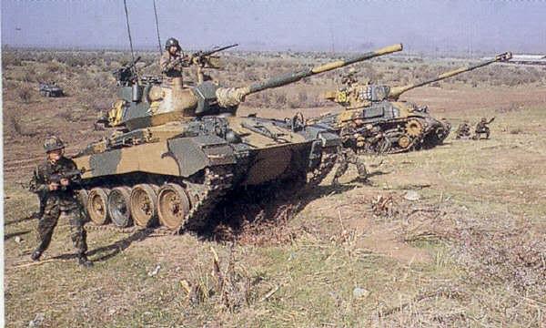 M24-Chaffee-60mm-HVMS-chile-4lj-2