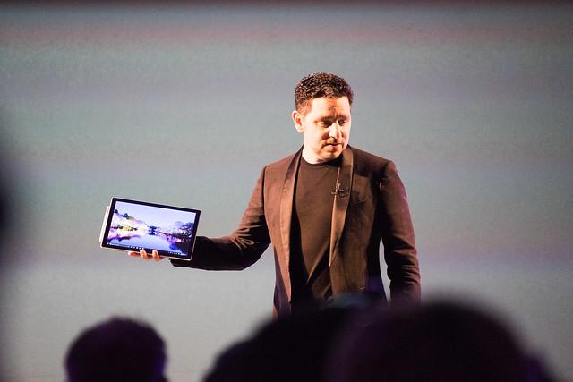 Microsoft Surface 2017年5月新製品発表会-19.jpg