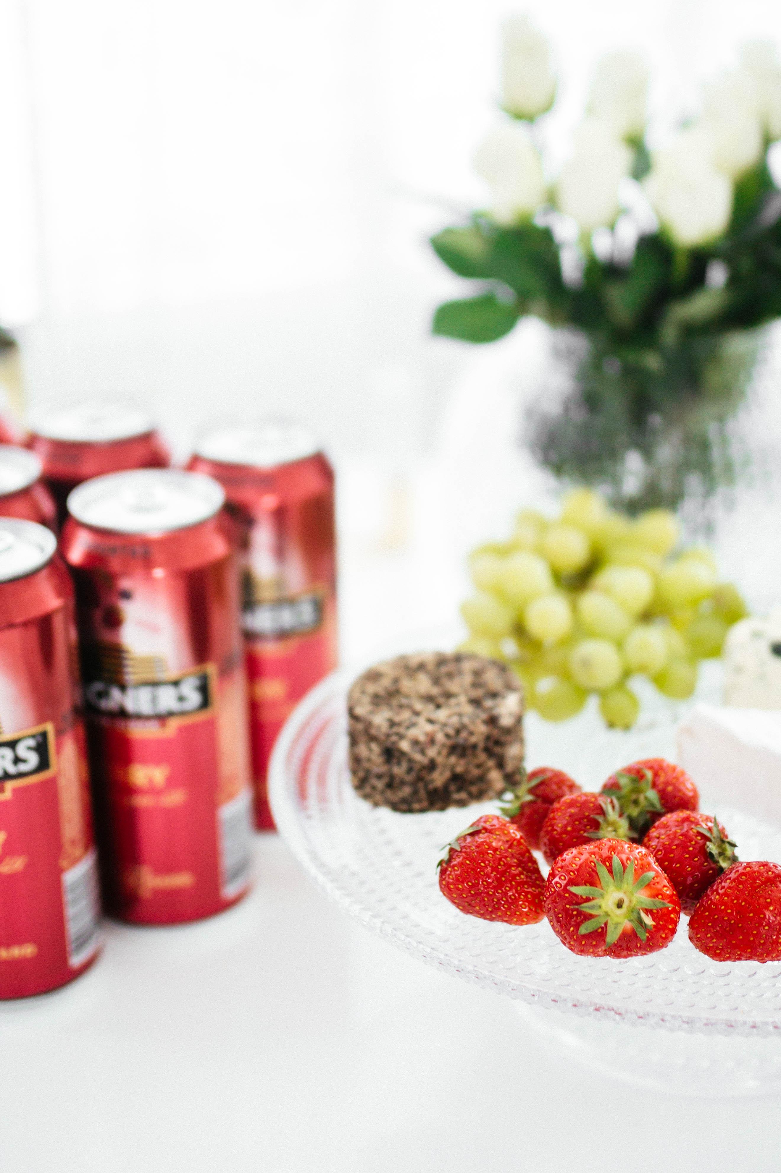 tuoreet suomalaiset mansikat