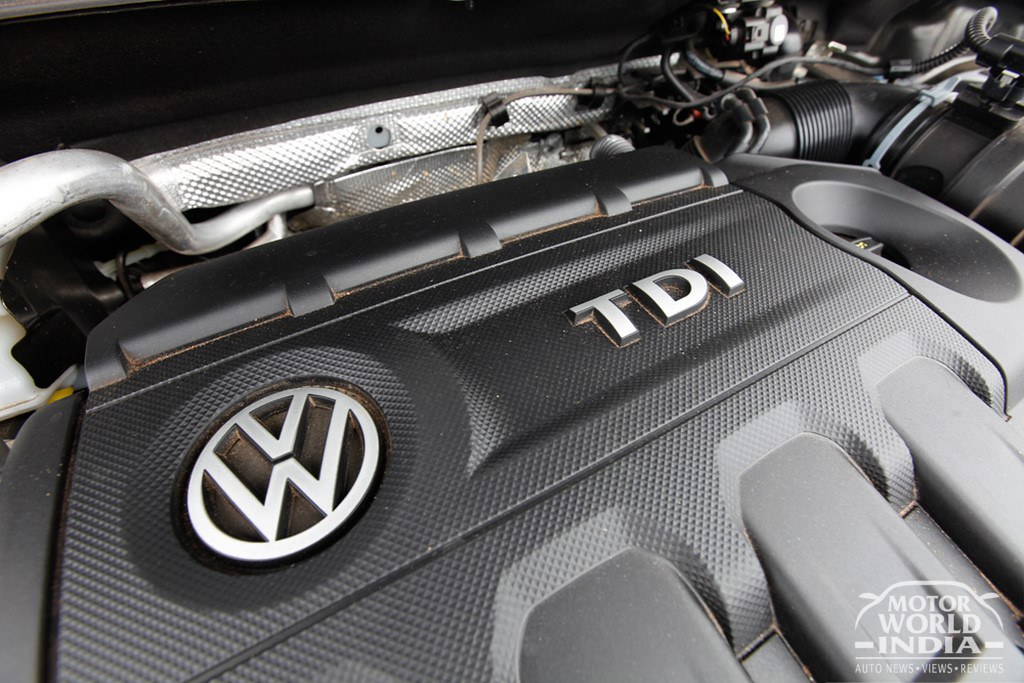 Volkswagen-Tiguan-Engine-Bay (5)