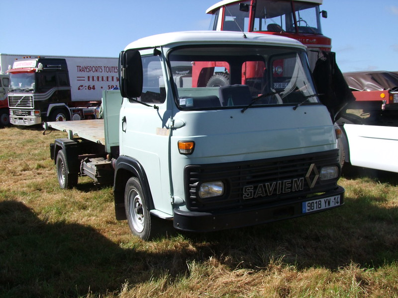 Rassemblement de camions anciens en Normandie 34724920314_e71e6816fa_c