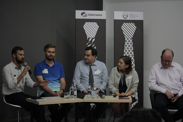 Ձախից՝ Ջասթին Վարիլեք, Վսեվոլոդ Պուլյա, Դեյվիդ Ջեքոբս, Նատալյա Լոսևա, Գժեգոժ Պիխոտա