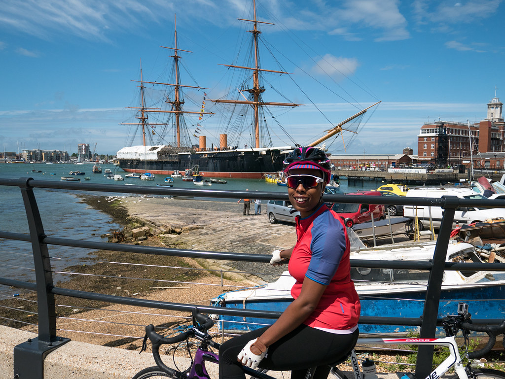 ladyvelo-premierinn-cycling-Portsmouth-Harbour